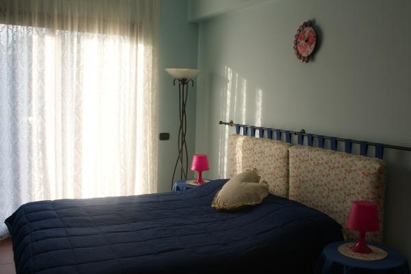 etnabnb-camera-azzurra-466057BC7-90B1-D107-A733-4E70AF3B38CE.jpg